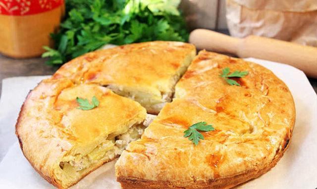 Курник из блинов — рецепт с курицей, грибами, картошкой, сыром